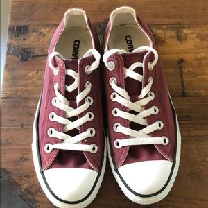 Women's size 7 Maroon Converse sneakers. Used.